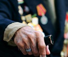 Заоскорбление ветеранов начнут сажать