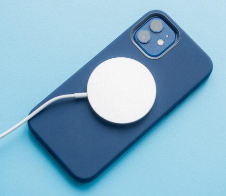 Apple запатентовала новую магнитную зарядку дляiPhone